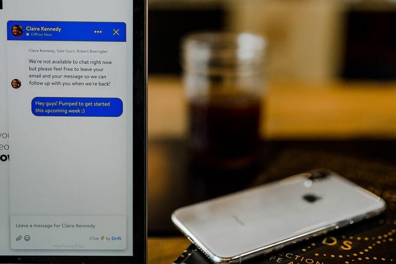 マッチングアプリでのメッセージのやりとりのイメージ画像